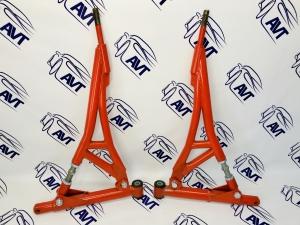Рычаги треугольные ВАЗ 2108, 2110, 2170, 1118, 2190 (на резиновых сайлентблоках)